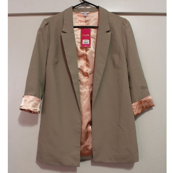 Candie's Jackets & Blazers - Candie's Womans NWT fully lined Blazer size Small